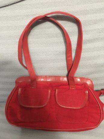 Червена чантичка кадифе малка