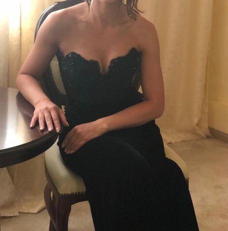 Rochie neagră catifea cu trena xs