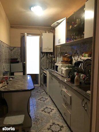 Apartament cu 3 camere de vanzare in Manastur.