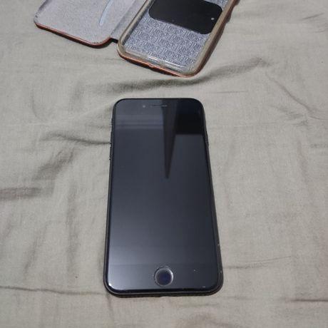 Продам Iphone 7 32 Гб