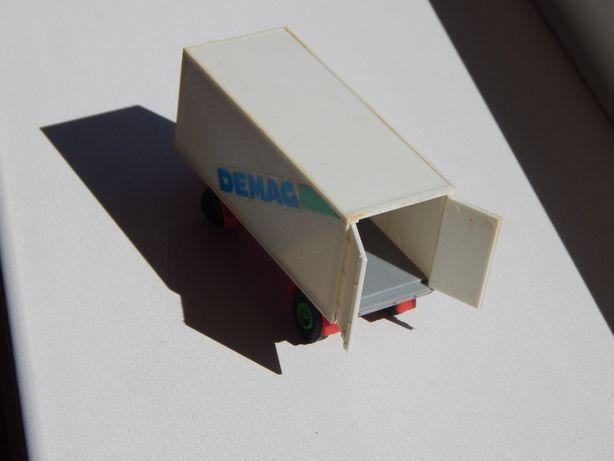 Macheta remorca sc 1:87 cu punte mobila plastic