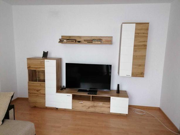 DE INCHIRIAT: Apartament 2 camere Central