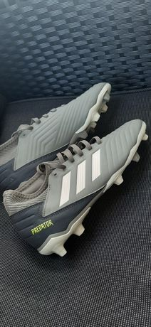 Ghete fotbal cramponi 38 Adidas Predator