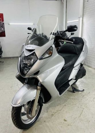 Продам скутер макси Honda Silver wing 600 толико с японий