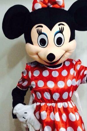 Inchiriere o ora Mascote Mickey si Minnie Mouse