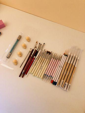 Pensule unghii + punctatoare + bureței babyboomer