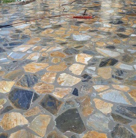 Vand piatra si montez naturală de munte