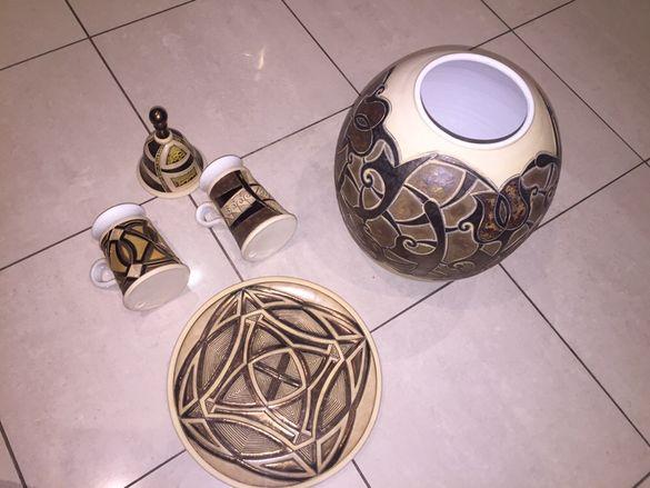 Настолна класическа лампа;керамична ваза,чаши,чиния мед/старо злато