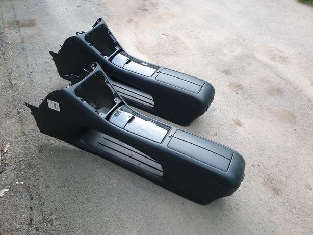 Бар - Бардачек между сиденьями Toyota Highlander