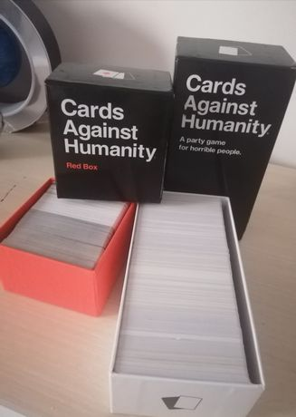 Cards Against Humanity + extensie Red Box