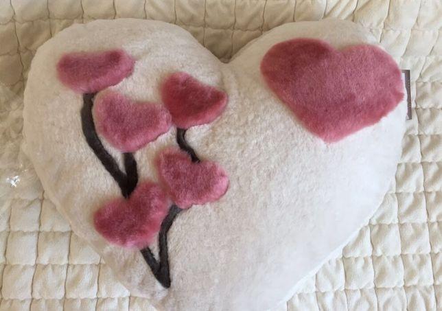 Натуральная 100% овчина, мутон, подушка  Сердце,