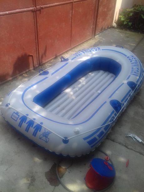 Barca gounflabila