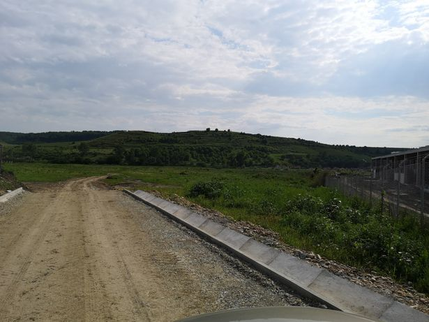 Vand/schimb teren în Blaj, zona Bosch, 8800 mp, 15 Eur mp, blocuri
