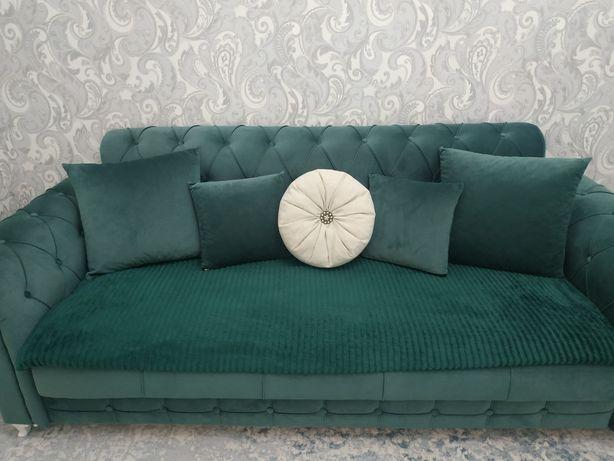 Изумрудный диван