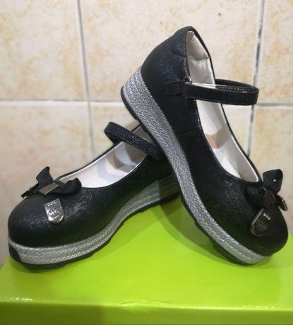 Школьные туфли для девочки 6-8 лет