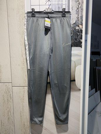 Pantaloni Trening Nike -S-