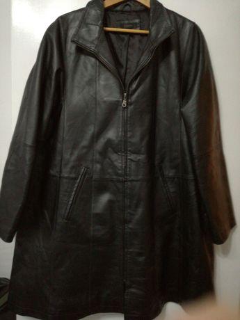 Vand haina de piele pentru femei