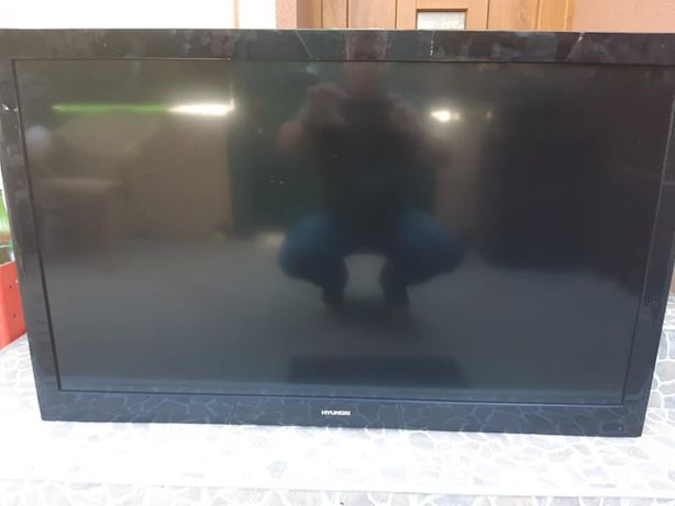 Tv Hyundai 117cm defecte, 2 bucati