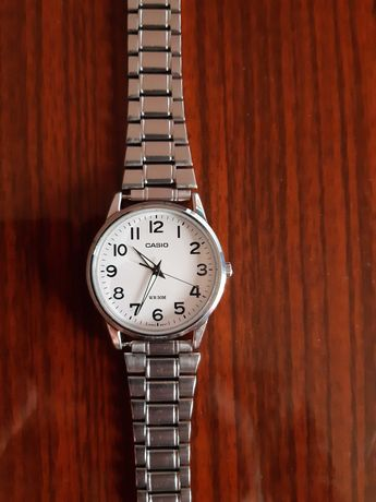 Часовник Casio MTP- 1303