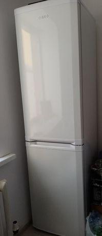 Продам холодильник новый толком не держали.Цена 100тыс торг уместен.