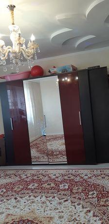 Продам 3/х дверьний шкаф, цвет бордо  + шкаф компььтерный ,цвет венге