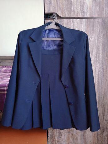 Юбочный костюм GLASMAN