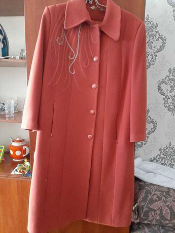 Пальто драповое женское 54-56