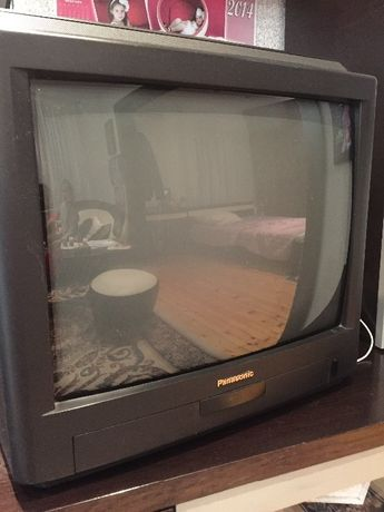 Продавам телевизор Панасоник