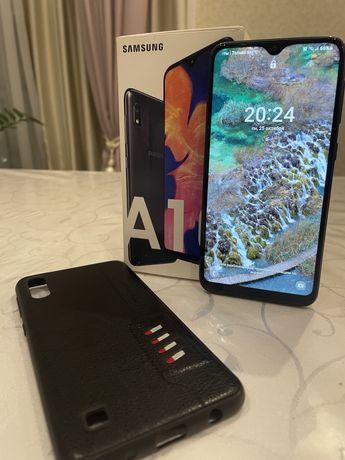 Продам Samsung Galaxy A10.