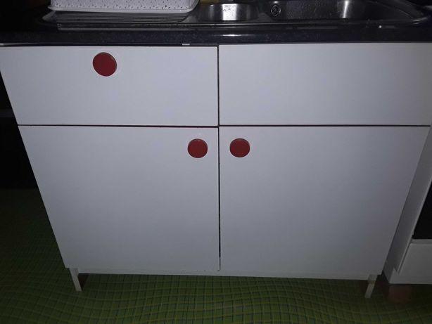 De vânzare mobilă debucătărie