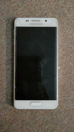 Продам Samsung A3 (2016)