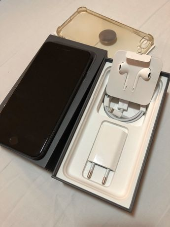 Vând iPhone 8 Plus, 64GB, negru