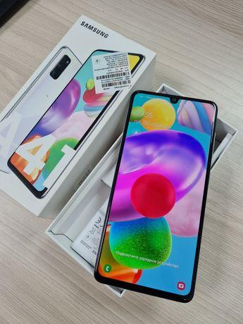Продам Samsung Galaxy A41.