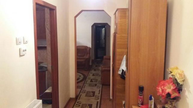 Vand Apartament 3 camere Rovinari zona centrala BLV MUNCII