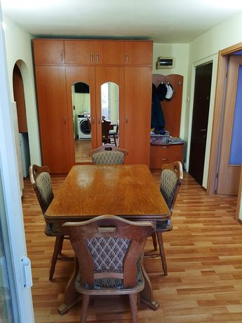 Apartament 2 camere Calafat Urgent