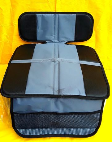 HUSE pentru protecția scaunelor Auto la folosirea  Scaunului pt COPII