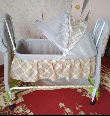 Детский кровать новый