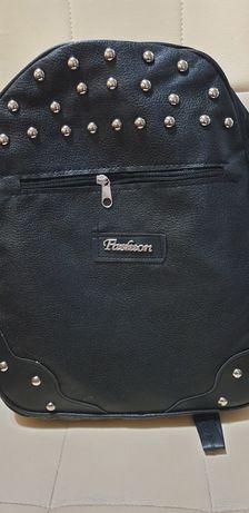 Нови дамски раници и чанти