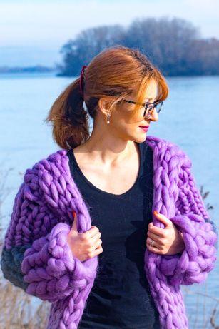 Елегантно палто от мериносова вълна, пуловер и жилетка по поръчка