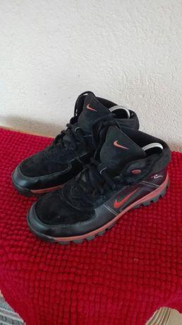 Bascheti Nike nr 37,5 piele