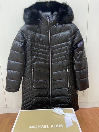 Нова куртка Michael Kors.