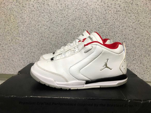 ОРИГИНАЛНИ *** Nike Air Jordan Big Fund  White/Black