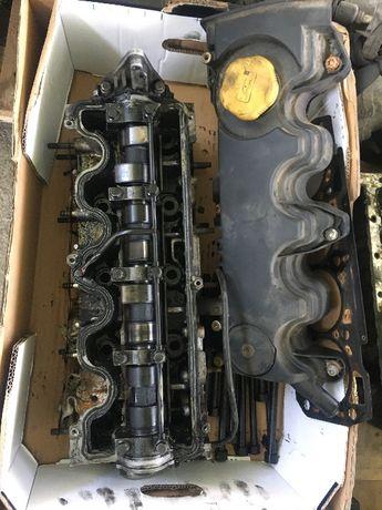Капак клапани и вал за Опел Астра H 120 кс 1.9