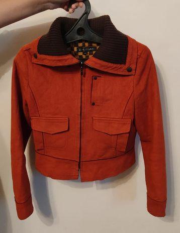 Стильная, тёплая, удобная куртка на осень или весну