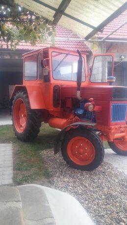 Tractor ramanesc