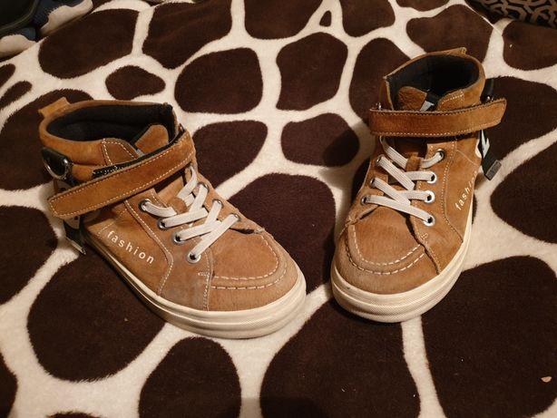 Обувь детская с 1 по 4 класс.