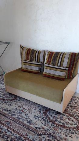 Малый диван раздвижной