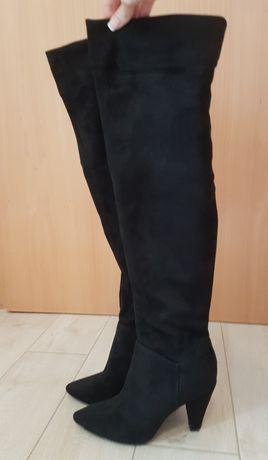 Cizme peste genunchi marimea 37
