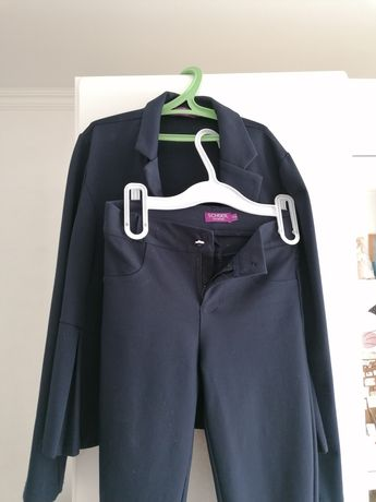 Школьный костюм, на девочку, на 9-10 лет