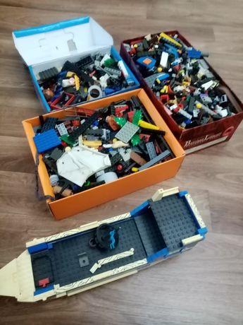 Продам LEGO 3 коробки
